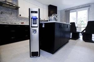 Преимущества диспенсеров для воды с электронным охлаждением