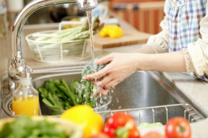 Приготовление пищи в водопроводной воде с добавлением соли опасно для здоровья!